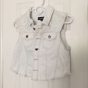 White denim vest - lace detail - medium